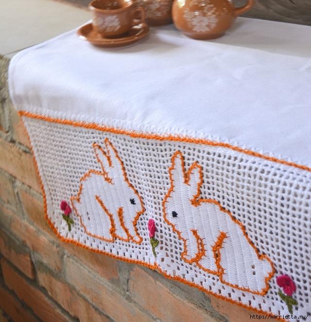 Кайма с кроликами крючком в технике филейное вязание