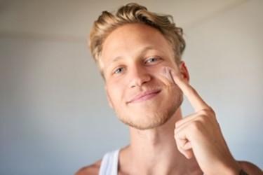 Правильный уход за мужской кожей лица