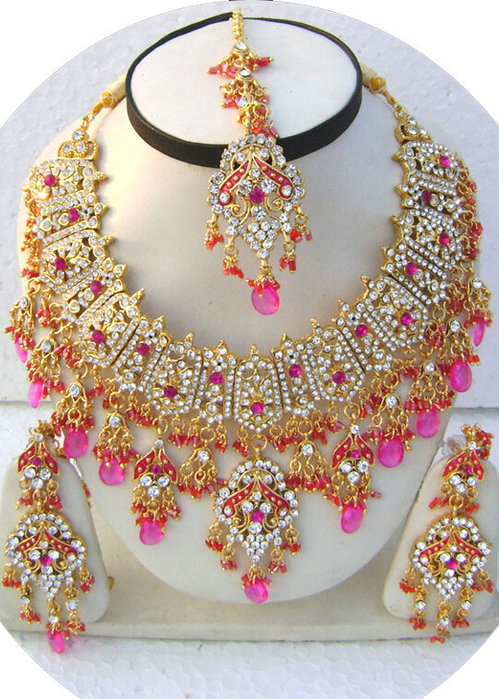 Pink-Unique-Indian-Design-Golden-Base-Necklace-Set-with-Tika[1] (499x700, 489Kb)