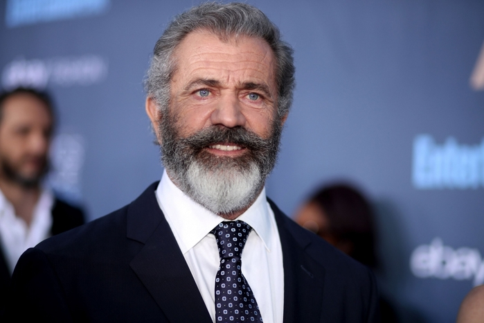3085196_1603359871_43pmelgibson56 (700x466, 164Kb)
