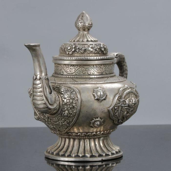 collectible-old-chinese-tibetan-silver-handwork (700x700, 47Kb)