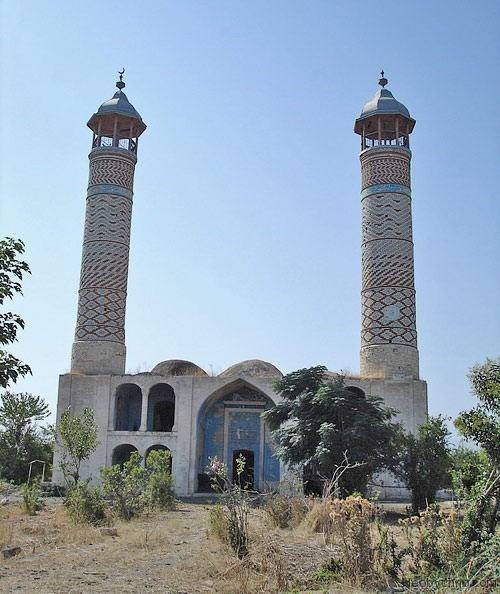 http://img0.liveinternet.ru/images/foto/b/1/apps/1/366/1366752_agdam10-mosque.jpg