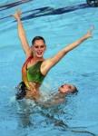 Памела Фишер и Марина Сауренманн (Pamela Fischer and Marina Saurenmann) из Швейцарии. Выступление пар на чемпионате Европы по синхронному плаванию в Будапеште, 5 августа 2010 года.