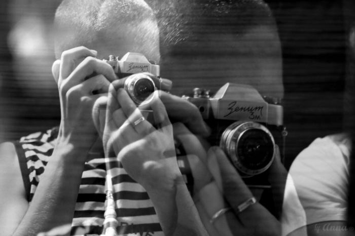 играет саксофоне наложить на фото автора это называется заносчивой ткачихе дошли