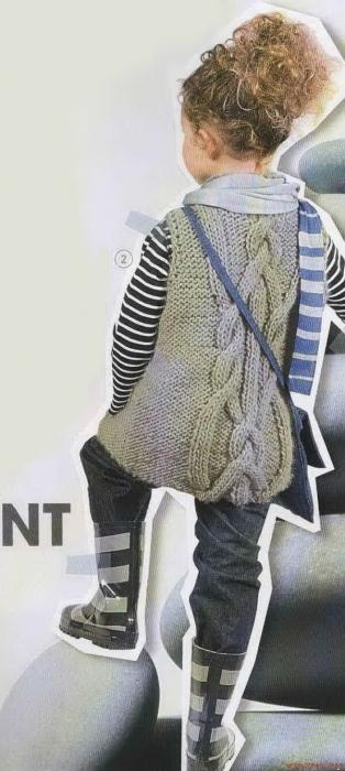 Описание: туника для девочки вязанная спицами.