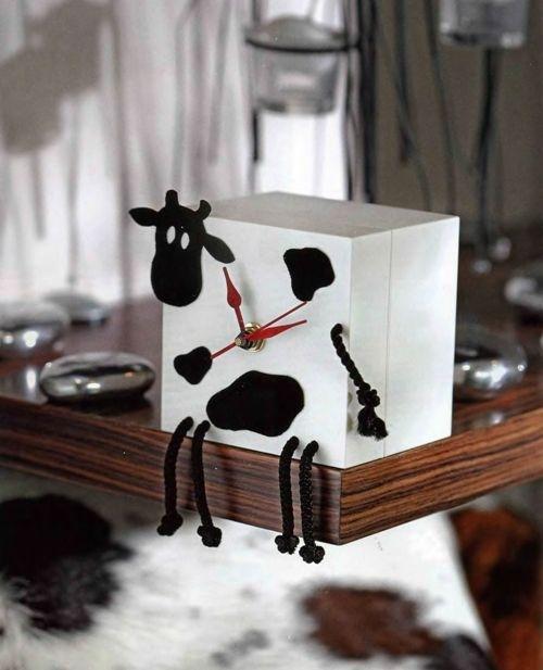 Простой подарок маме на новыКак сделать корову