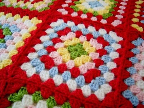 Комментарий: Вязание подушки крючком - схема Сами.