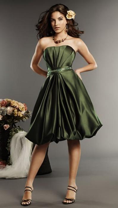 Я - фотограф.  Коктейльное платье (англ.  Cocktail dress) - укороченное...