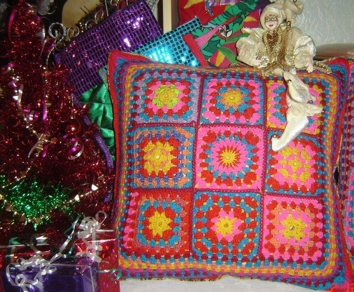 МОИ РАБОТЫ.  Рубрики. вязание крючком. понравилось! подарки. подушки.