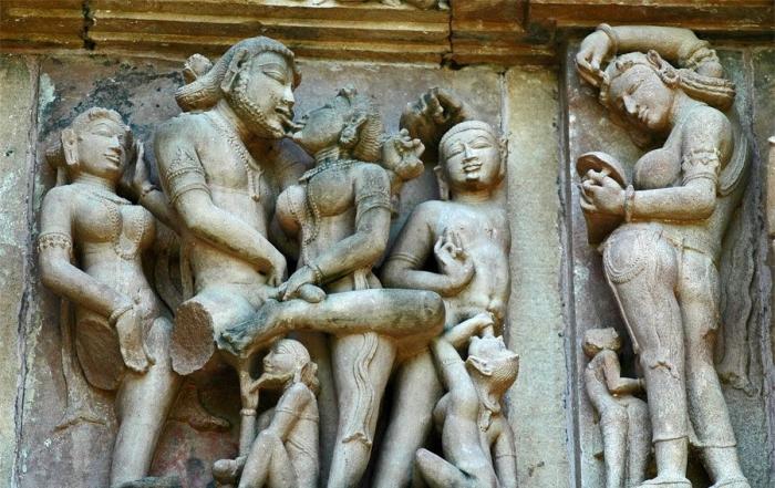 Изображения сцен секса в индийских храмах